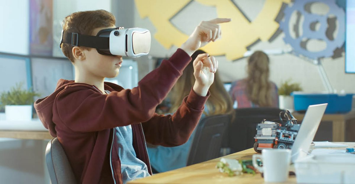 Using virtual reality in classroom